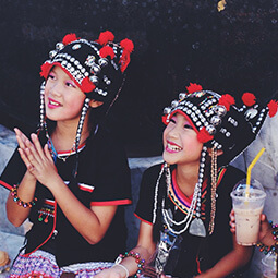 culture folk costume happy girl thailand smile smiling real UGC travel content photography kids